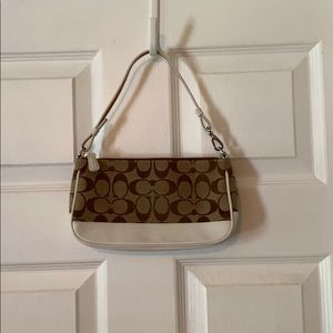 Coach bag. Authentic. Great condition. Cute!